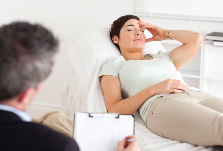 سندروم دکورون را چگونه می توان با شاک ویو درمان نمود؟