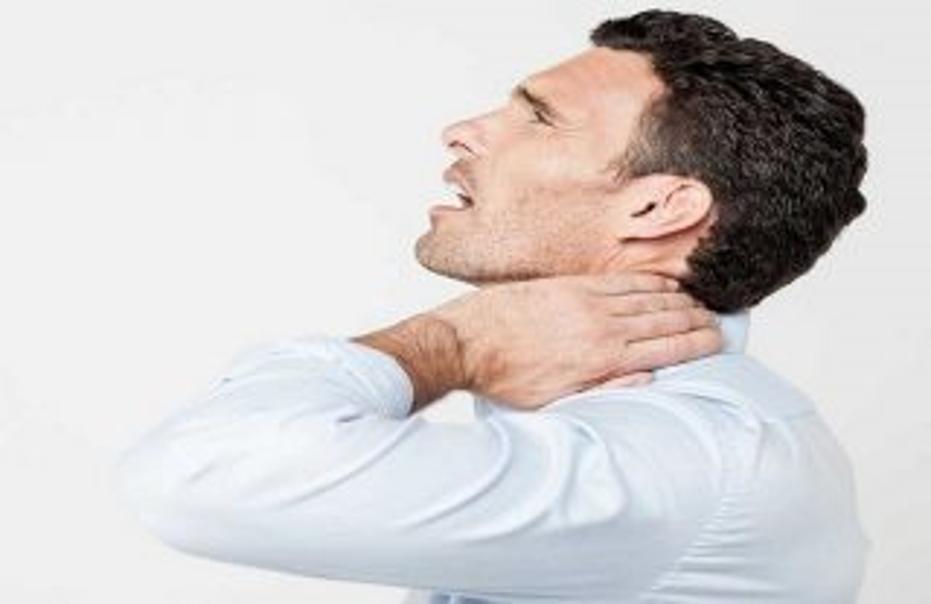 آیا استفاده از دستگاه الکتروتراپی ناحیه گردن زمان زیادی طول می کشد و آیا روش الکتروتراپی گردن درد دارد؟