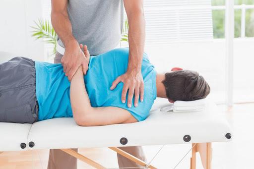 منوال تراپی کمر درد چه مزیت هایی دارد؟