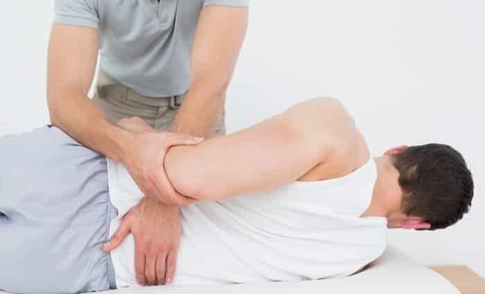 روش های درمان کمر درد در خانه چگونه است؟