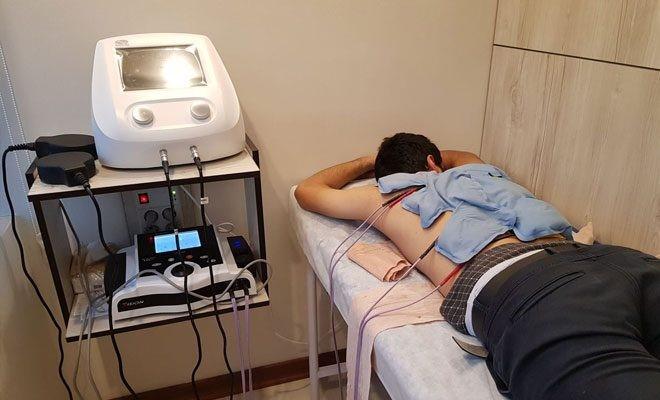 چگونه می توان با فیزیوتراپی کمر درد را درمان کرد؟
