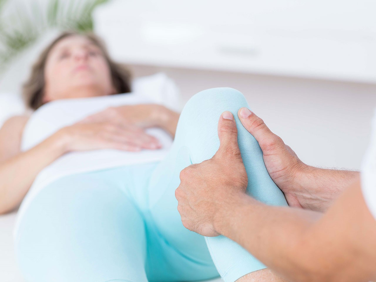 آیا با مراحل منوال تراپی زانو آشنا هستید؟