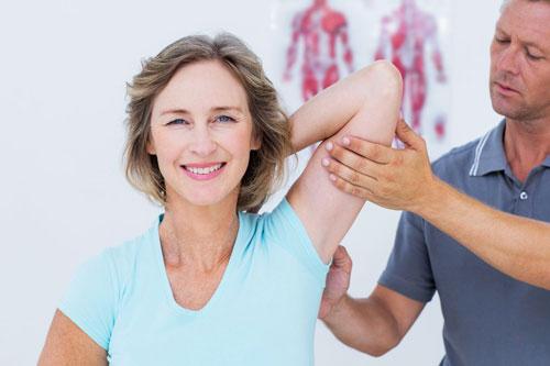 علائم شانه درد می تواند یکی از موارد ذیل باشد :