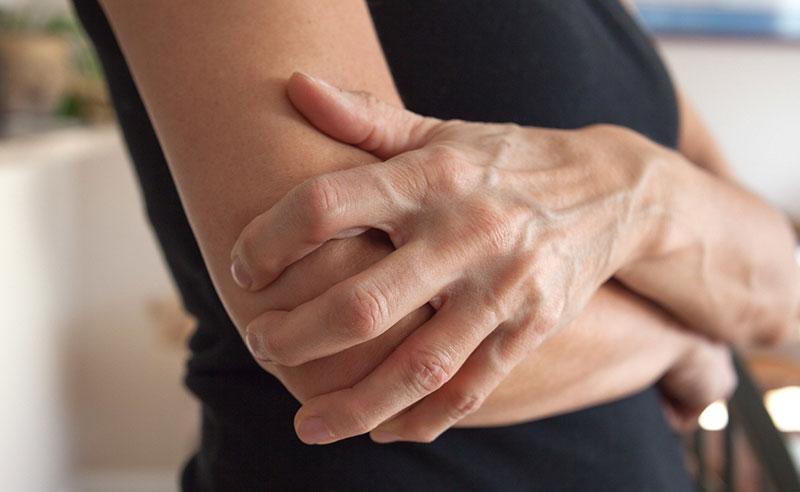 برای فیزیوتراپی آرنج دست از چه روش هایی می توان استفاده نمود؟