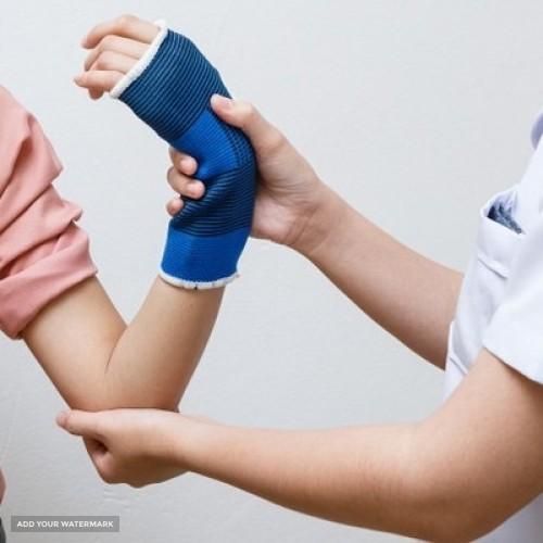 آیا با نحوه تشخیص شکستگی مچ دست آشنا هستید؟