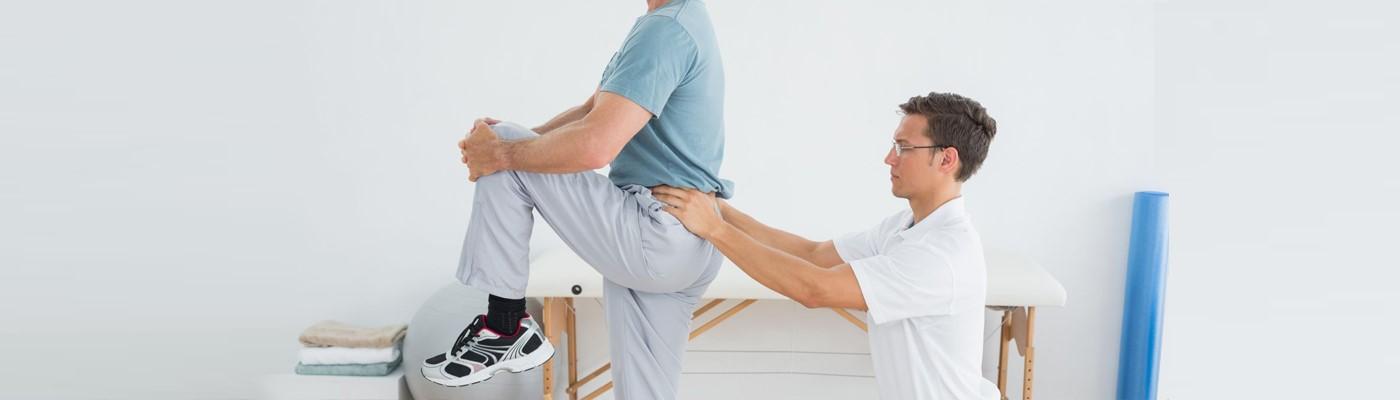درمان کمر درد به چه صورتی انجام می شود؟