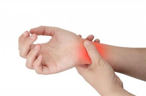 با استفاده از فیزیوتراپی چگونه می توان شکستگی مچ دست را درمان کرد؟