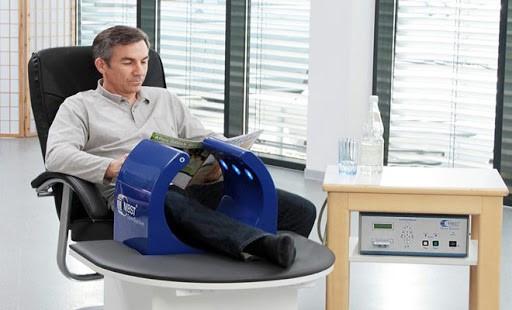 برای کاهش زانو درد می توان از حرکت انعطافی همسترینگ استفاده کرد:
