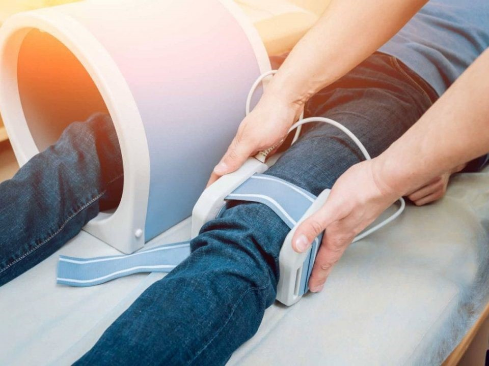 درمان زانو با انجام فیزیوتراپی
