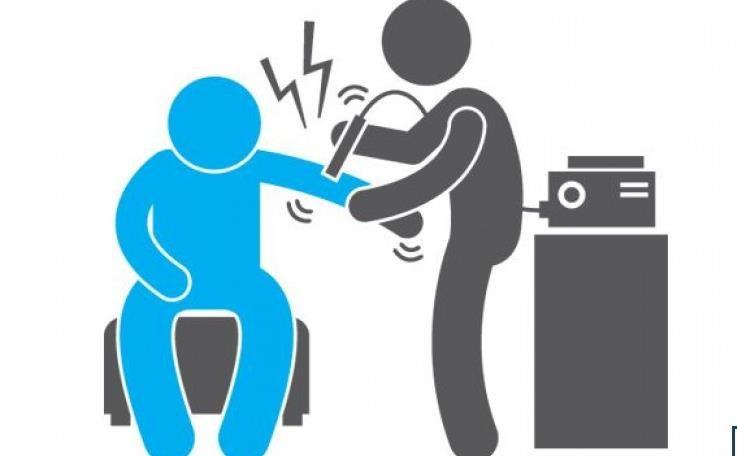 آسیب های مفصلی
