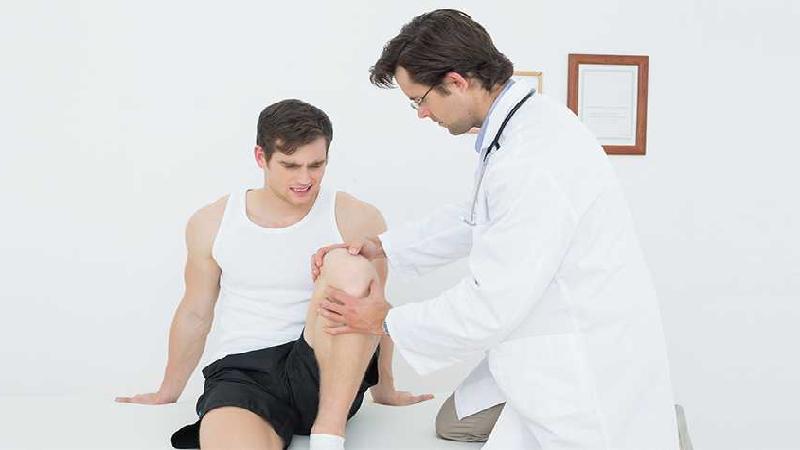 یک فیزیوتراپیست در زمینه بیماری های ارتوپدی و آسیب های ورزشی چه فعالیت هایی می تواند انجام دهد؟